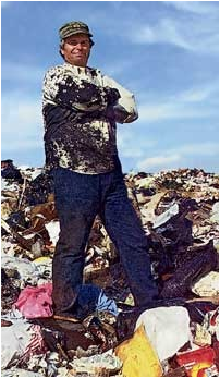 William_Rathje_on_a_landfill.png